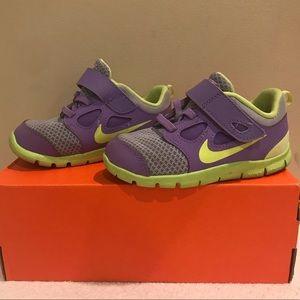Nike Girls Toddler Sz 8 Free 5 Sneaker GUC